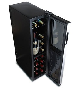 Wine Enthusiast 18-bottle wine cellar